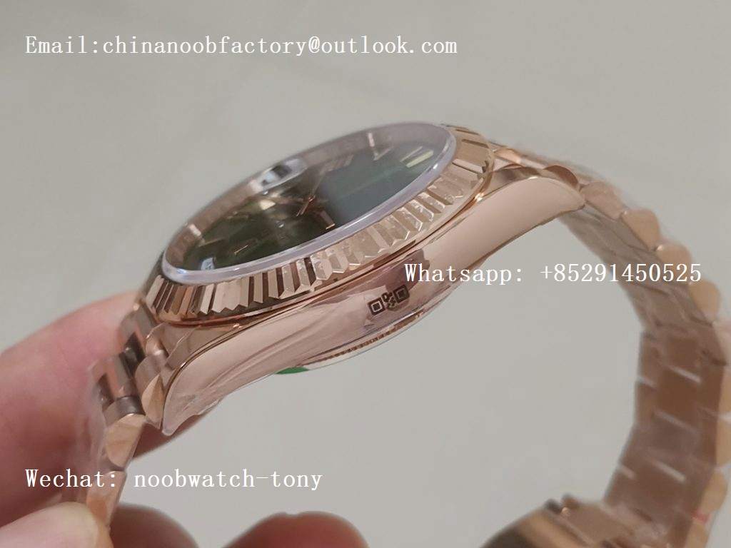 Replica Rolex Day-Date 40 228235 Rose GOLD Noob 1:1 Best Edition Green Dial