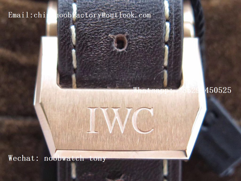 Replica IWC Big Pilot IW500909 Rose Gold Blue Dial ZF 1:1 Le Petit Prince Best Edition on Brown Leather Strap A521111