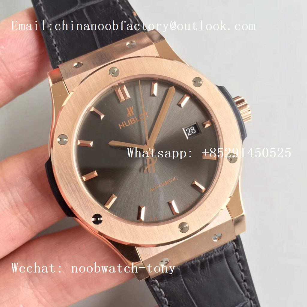 Replica Hublot Classic Fusion 42mm Rose Gold JJF 1:1 Best Edition Gray Dial on Gray Gummy Strap A2892