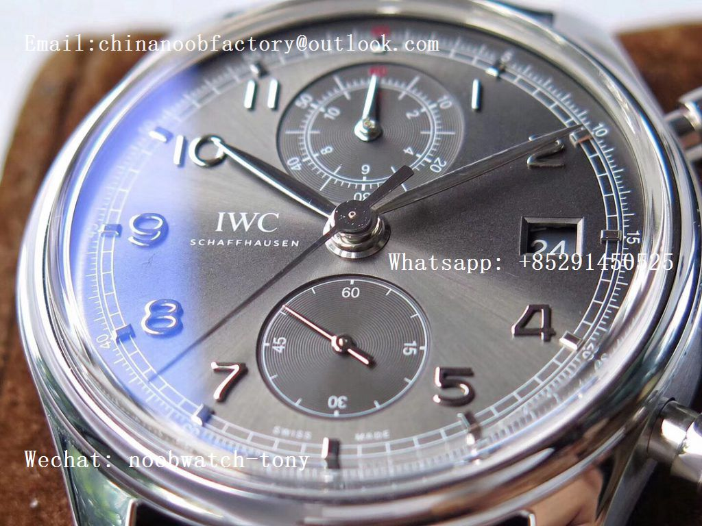 Replica IWC Portuguese Chrono Classic 42 IW3903 ZF Best Edition Gray Dial on Black Leather Strap A7750