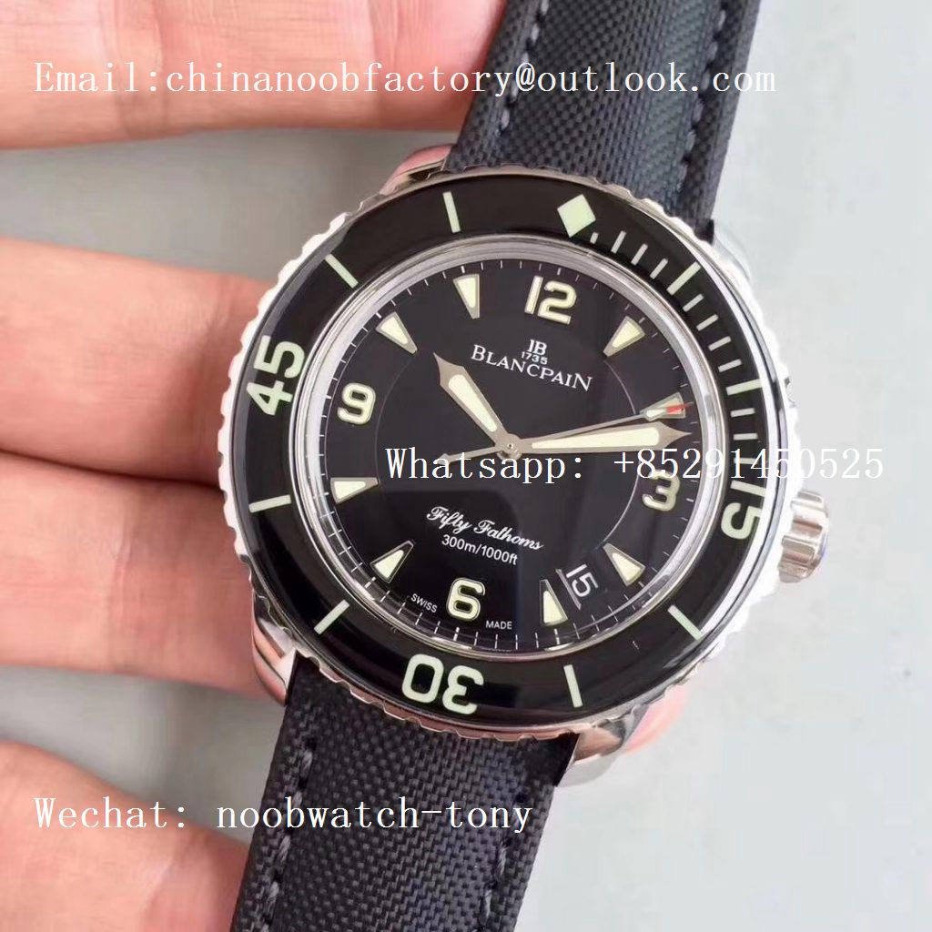 Replica Blancpain Fifty Fathoms Black ZF 1:1 Best Edition Black Dial A2836 (Free Extra Strap)