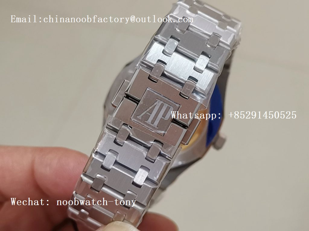 Replica Audemars Piguet AP Royal Oak 41mm 15500 SS ZF 1:1 Best Edition Gray Textured Dial on SS Bracelet A4302 (Free Box)