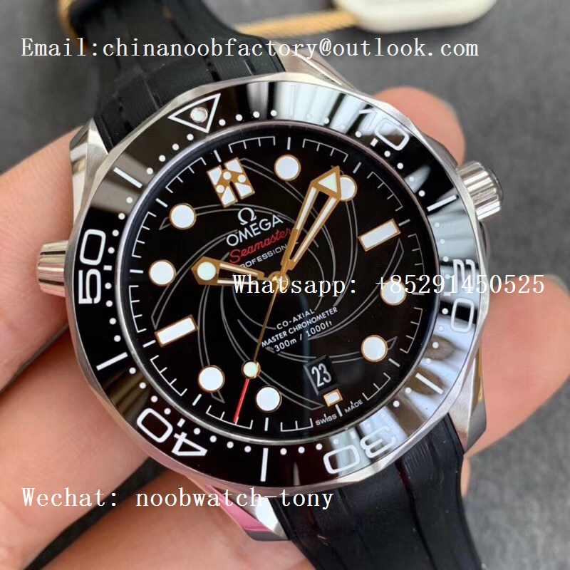 Replica OMEGA Seamaster Diver 300M 007 James Bond VSF 1:1 Best Edition on Black Rubber Strap A8800