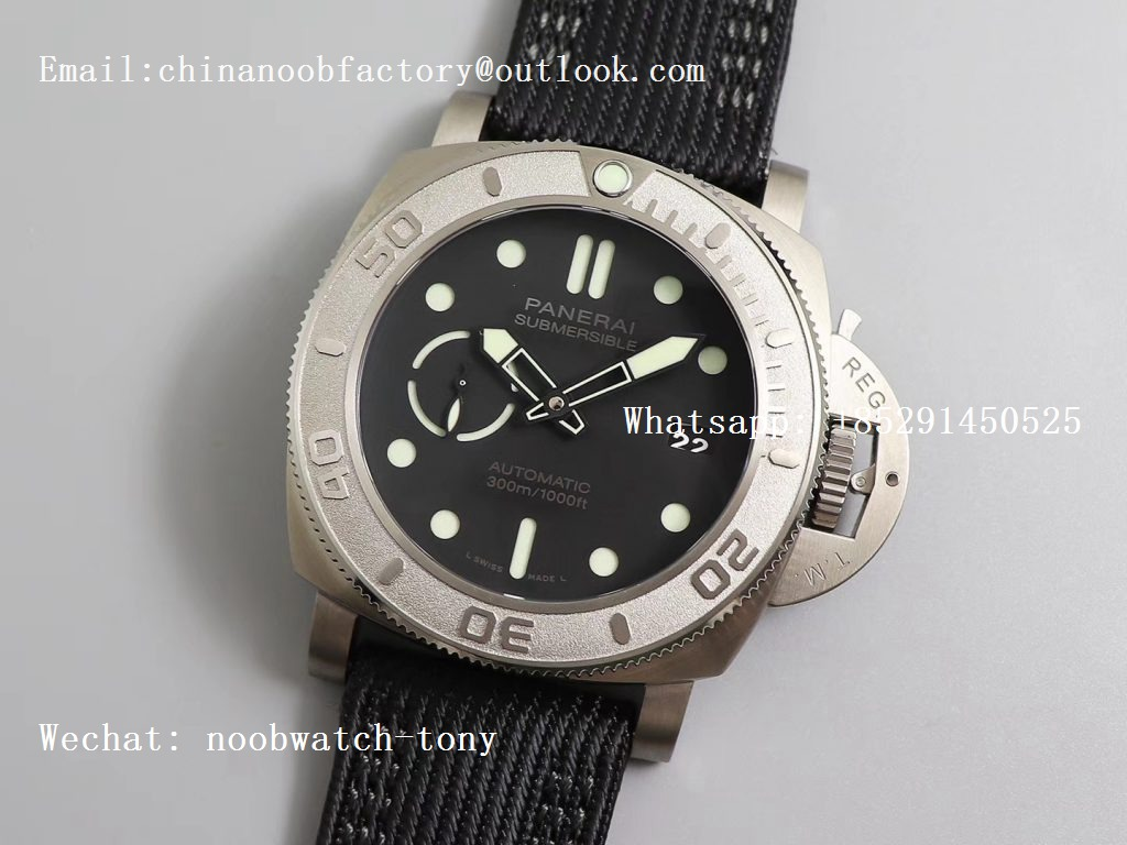 Replica Panerai PAM984 Mike Horn Submersible VSF 1:1 Best Edition Black Dial on Black Nylon Strap P.9010 Clone