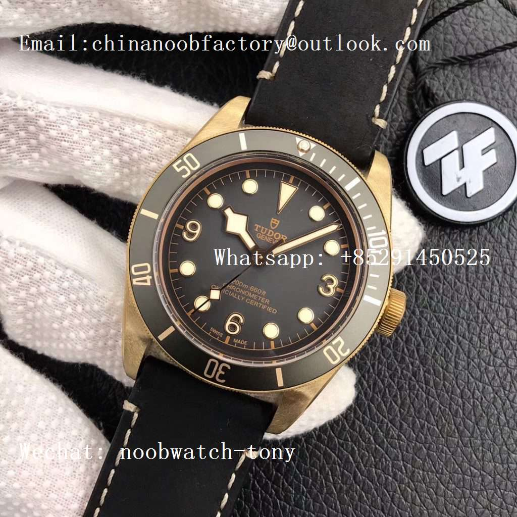 Replica Tudor Heritage Black Bay Bronze Gray ZF 1:1 Best Edition on Leather Strap A2824