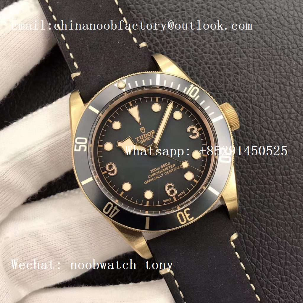 Replica Tudor Heritage Black Bay Bronze Gray XF 1:1 Best Edition on Leather Strap A5612