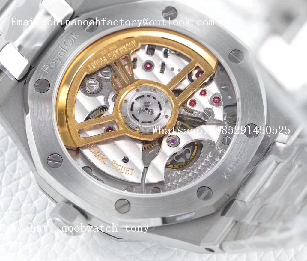 Replica Audemars Piguet AP Royal Oak 41mm 15500 SS ZF 1:1 Best Edition Black Textured Dial on SS Bracelet A4302 (Free Box)
